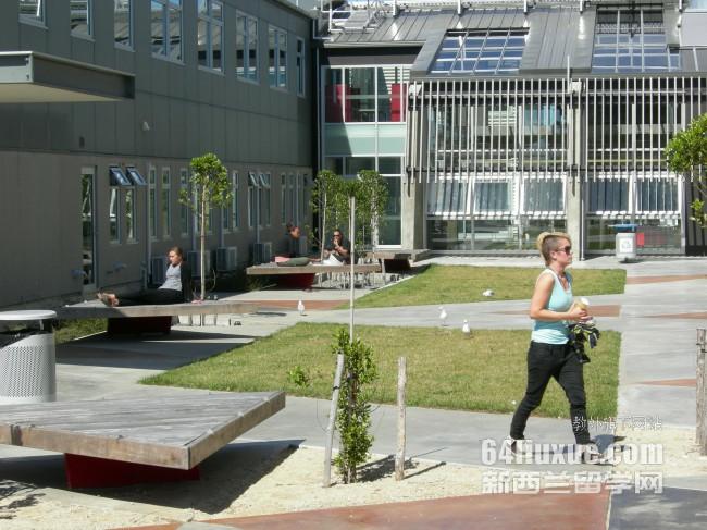 新西兰大学-新西兰林肯大学