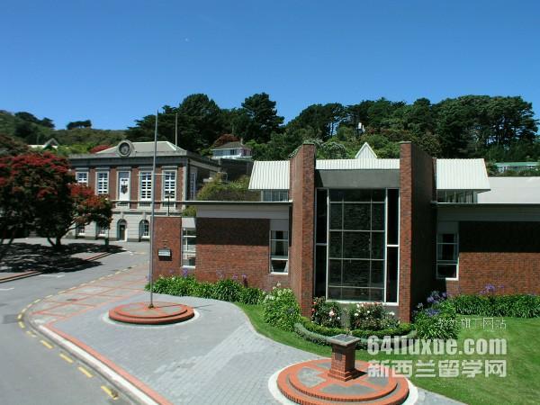 新西兰维多利亚大学本科申请材料