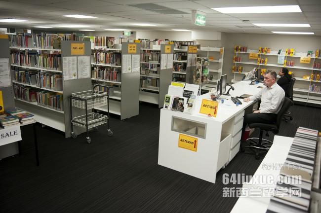 新西兰怀卡托大学平面设计专业