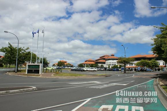 新西兰东部理工学院入学考试