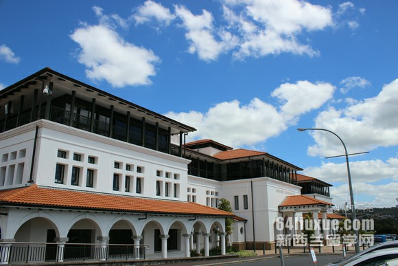 新西兰高中教育制度