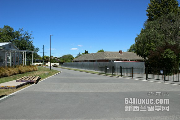 新西兰梅西大学语言班