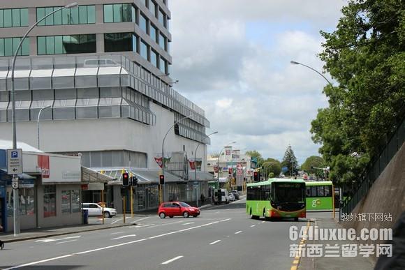 新西兰大学商学院排名