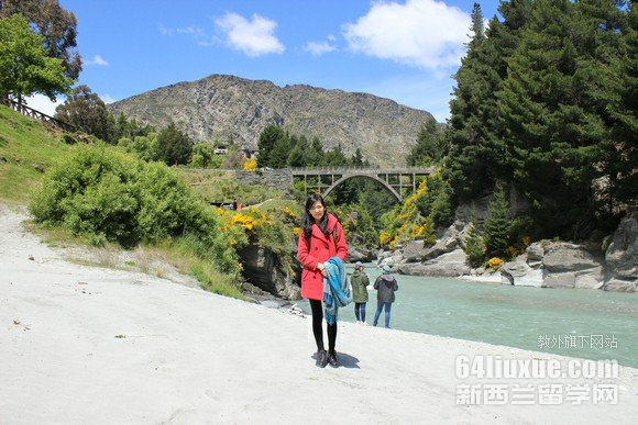 新西兰留学费用大概多少钱