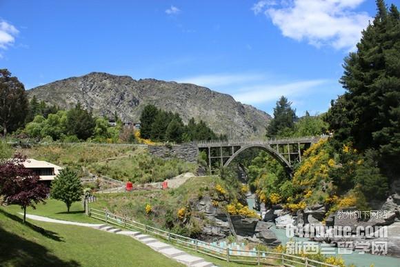 新西兰开设园林专业的学校