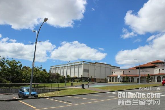 新西兰梅西大学兽医系