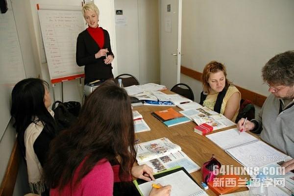 新西兰大学语言类专业