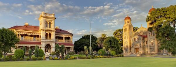 新西兰最著名的高中