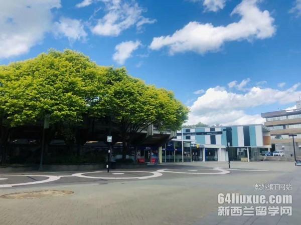 新西兰梅西大学金融怎么样