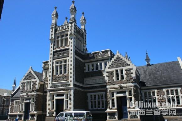 新西兰建筑读研的学费多少钱