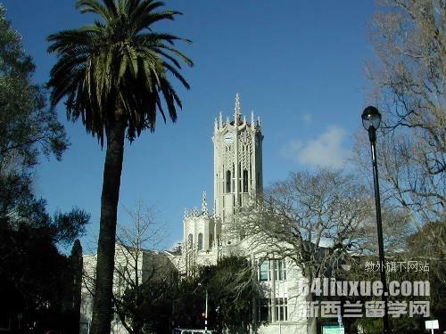 新西兰奥克兰大学本科要求