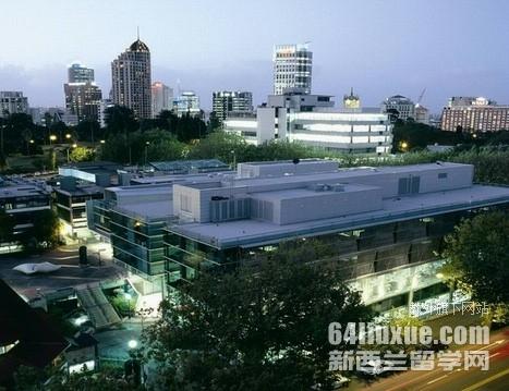 奥克兰大学qs世界大学排名
